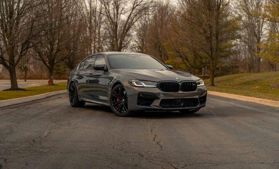 Rent BMW M5
